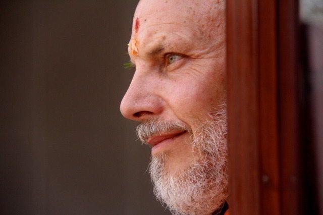 05j_Swami_Ritavan_Bharati[1]