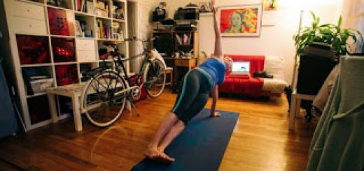 yoga-at-home-vs-yoga-in-a-studio1-c51ae8a97f0befa78c35c1bdbd6c2d6eb09caad6