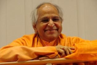 Swami Véda Bharati elhagyta testét