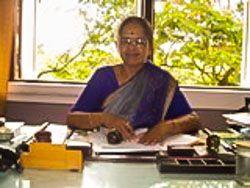 Dr. Shubhada Joshi elmondja hogyan kell jógázni