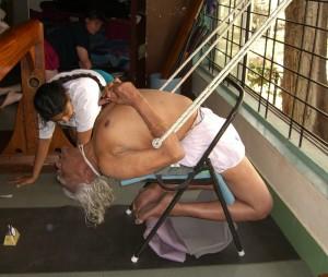 95 éves a világ egyik legismertebb jógamestere,  B.K.S. Iyengar